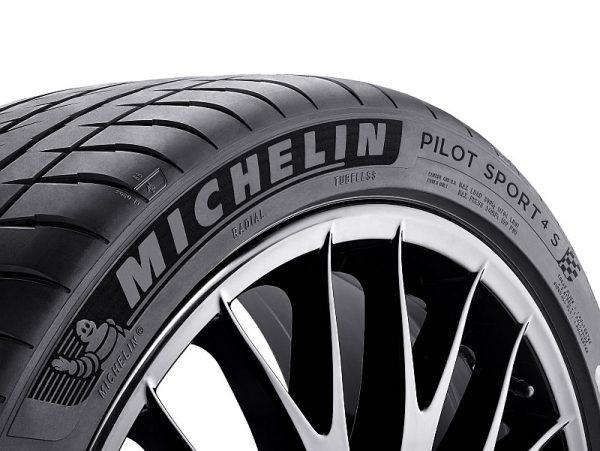 Michelin-Pilot-Sport-4-S-2