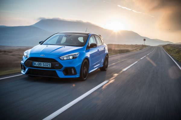 Ford Focus RS Blue & Black_2017_01