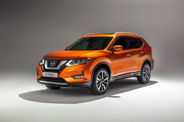 Nissan-X-Trail_2017_01