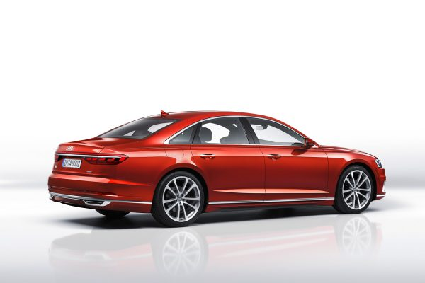 Audi-A8_2017_02
