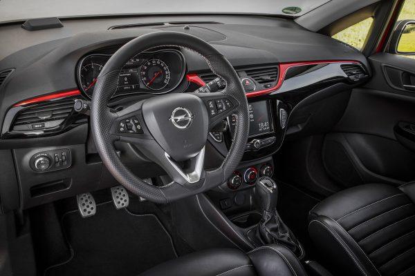 Opel-Corsa-S-2017-03