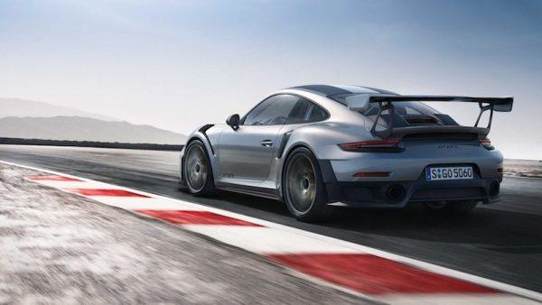 Porsche 911 GT2 RS_2017_02