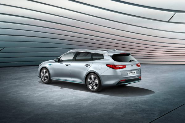 Kia Optima Sportswagon Plug-in_2017_02