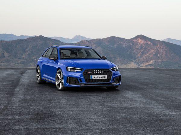 Audi RS 4 Avant_2018_01
