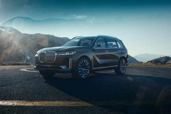 BMW-Concept-X7-iPerformance_2017_01