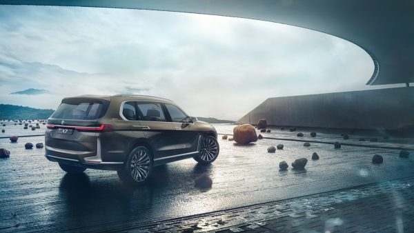 BMW-Concept-X7-iPerformance_2017_02