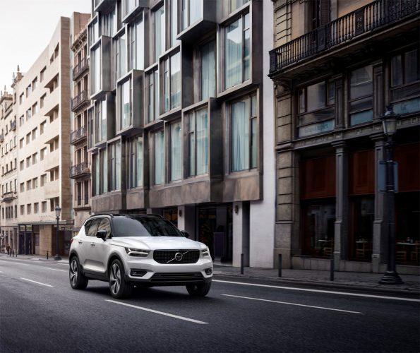 Volvo-XC40_2018_01