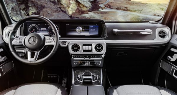 Mercedes-Benz G-Klasse_Cockpit_2018_01