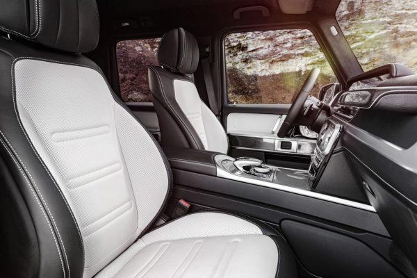 Mercedes-Benz G-Klasse_Cockpit_2018_02