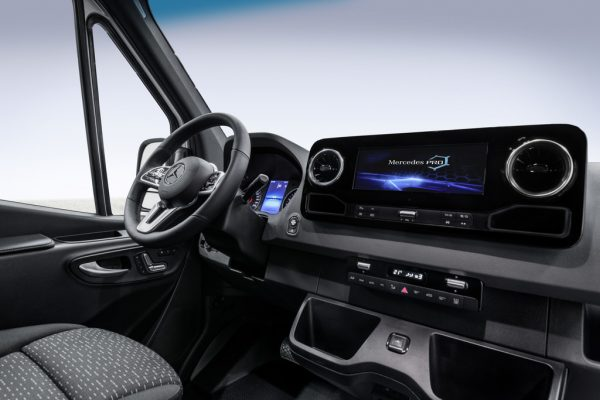 Mercedes-Benz Sprinter_2018_01