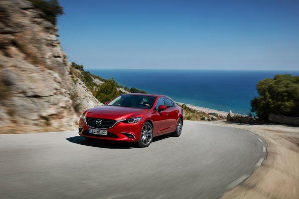 2017-Mazda6_Sedan_Action_12_lowres