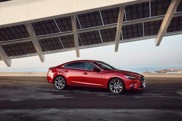 2017-Mazda6_Sedan_Still_22_lowres