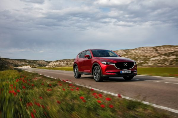 All-new-CX-5_BCN-2017_Action_01