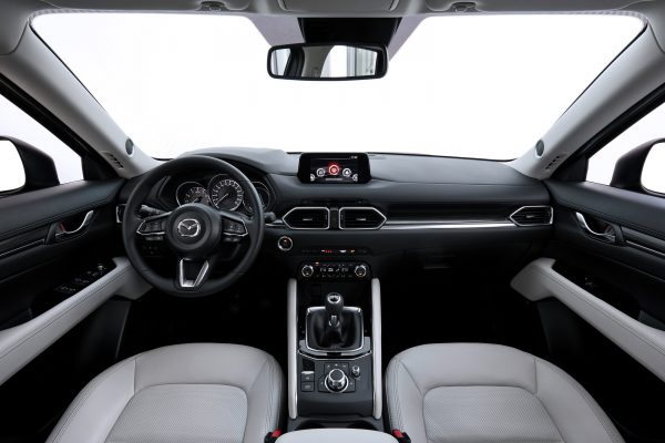 All-new-CX-5_BCN-2017_Interior_06