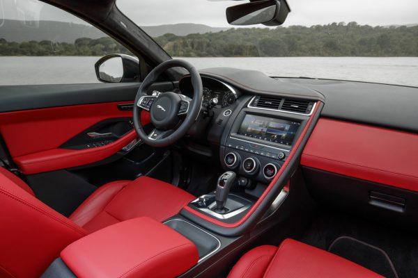Jaguar E-Pace_2018_05