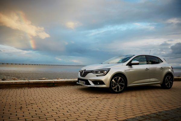 video – fahrbericht: 2016 renault megane energy dci 130 intens