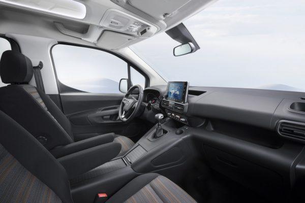 Opel Combo Life_2018_02