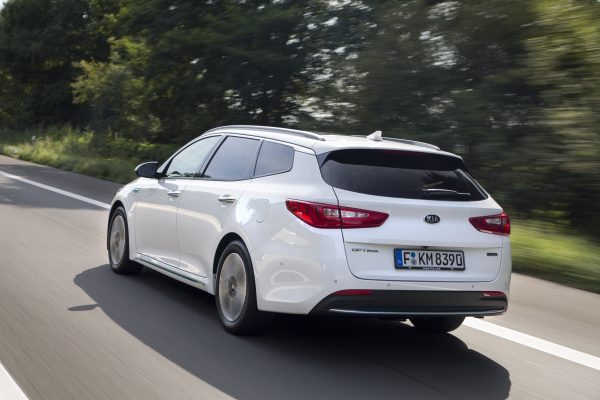 Optima Sportswagon PHEV_005