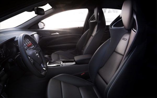 Opel-Insignia-GSi-306369