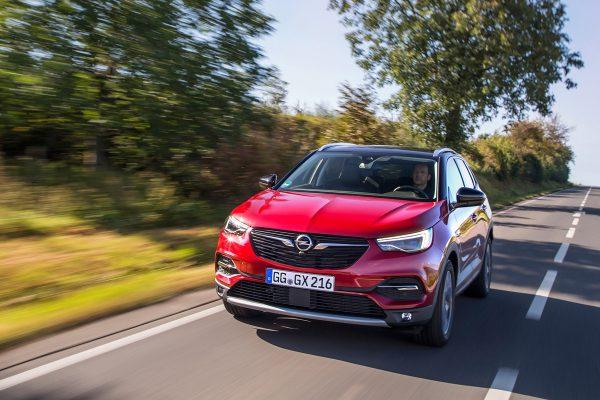 Opel-Grandland-X-Color-Line_2018_01