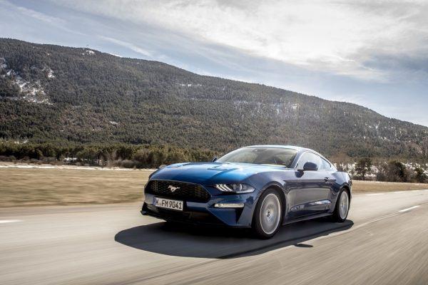 Ford Mustang_Juni_2018_01