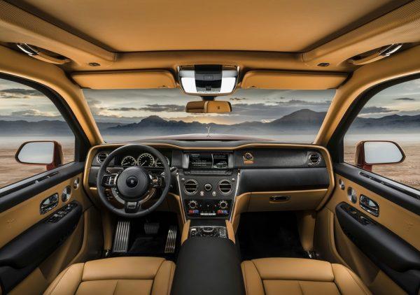 Rolls-Royce Cullinan_2018_03