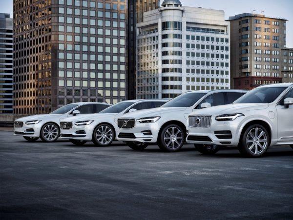 Volvo XC60_2018_01