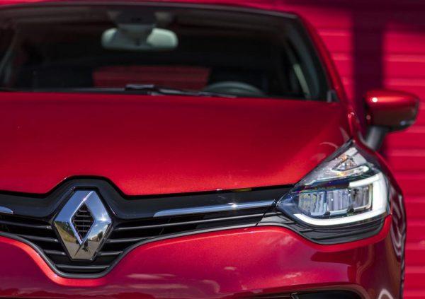 Renault-Clio_Teaser_2018_01