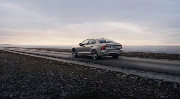 Volvo_S60_2019_02