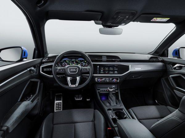 Audi Q3_2018_03