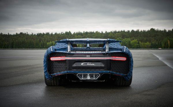 Bugatti Chiron_Lego_2018_02