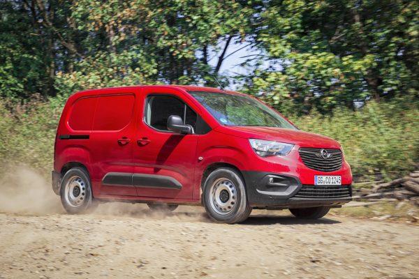 Opel Combo Cargo Grip & Go_2018_01