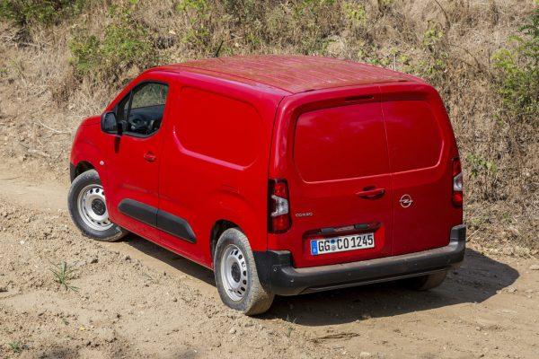 Opel Combo Cargo Grip & Go_2018_02