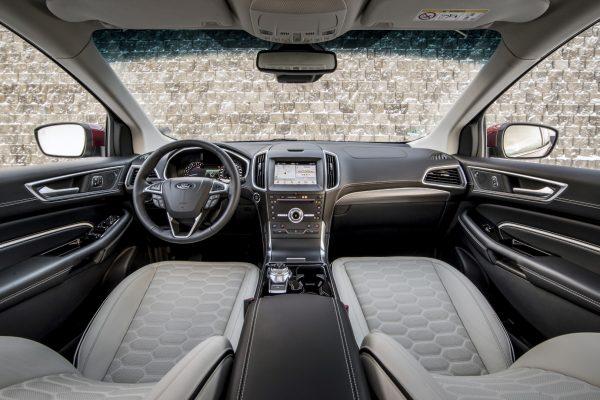 Ford Edge_2019_03