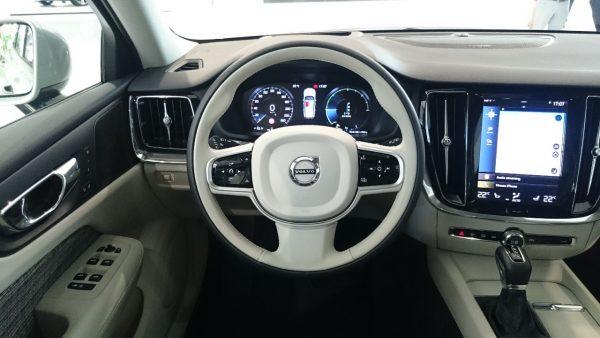 Volvo-V60_Lenkrad
