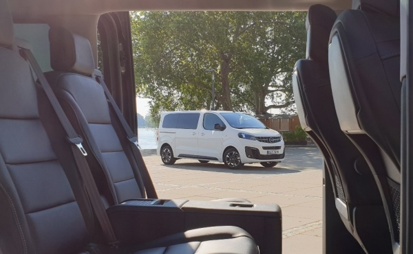 Opel Zafira Life: …vielleicht benötigt man ja mal einen Kleinbus?