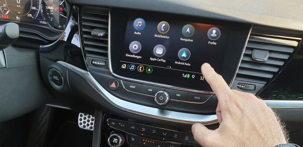 opel-astra-mit-android-auto